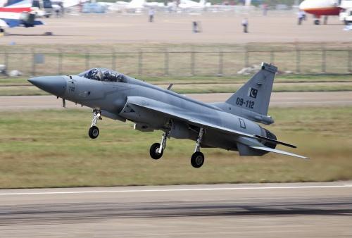 Многоцелевой истребитель - JF-17 Thunder (85 фото)