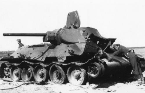 Советский средний танк Т-34 (100 фото)