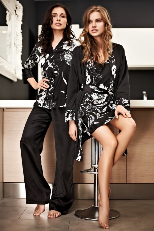 Mark & Andre - Lingerie & Nightwear 2011 (104 фото)