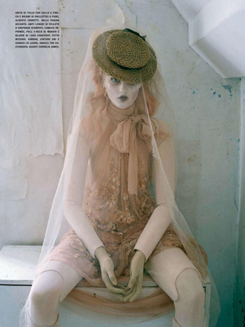 Фотограф Tim Walker - Mechanical Dolls (21 фото)