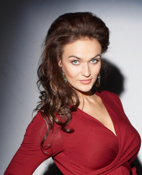 Алёна Водонаева. Фотосессия для магазина DD Shop (11 фото)