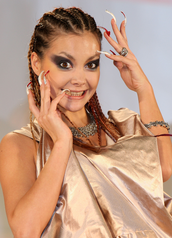 Анна михайлова фото ногтей