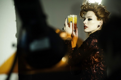 "Milla Jovovich And The Campari Calendar 2012 – ""It's The End Of The World, Baby""! (33 фото)"