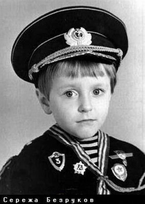 Детские фото отечественных знаменитостей! (52 фото)