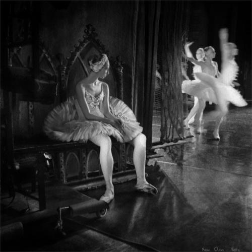 Фотографическая серия о балете от Марка Олича (25 фото)
