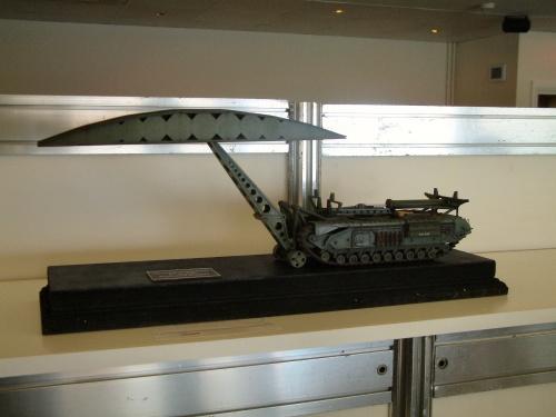 Масштабные военные модели (2830х2130 , 113 шт.) (113 фото)