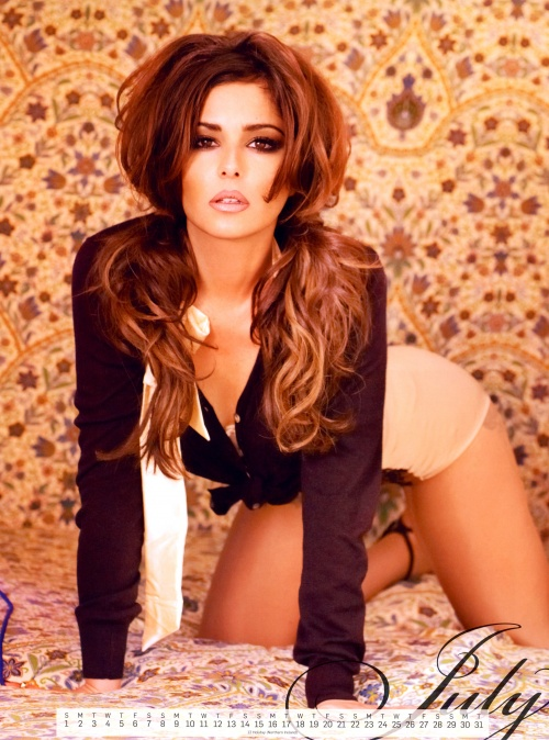 Cheryl Cole - Official Calendar 2012 (14 фото)