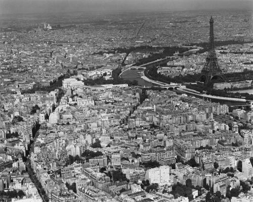 Знаменитые фотографии XX века - часть 4. (209 фото) (1 часть)