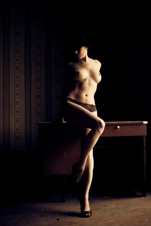 Эротические фото - E-rotic Art. Часть 12 (52 фото) (эротика)