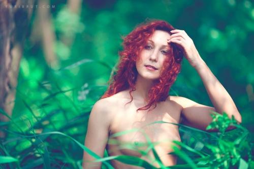 Фотограф Yuri Brut (48 фото) (эротика)